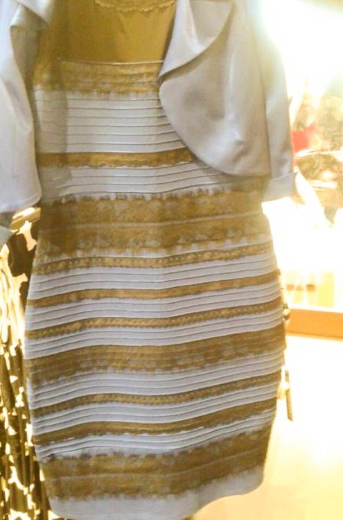 Kleid blau und schwarz gold und weiss