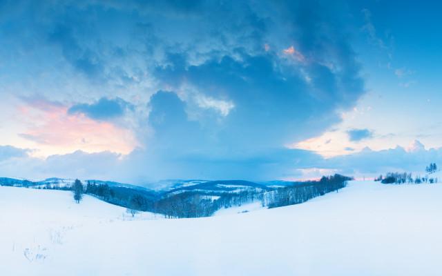 Abziehender Schneeschauer bei Lauenstein