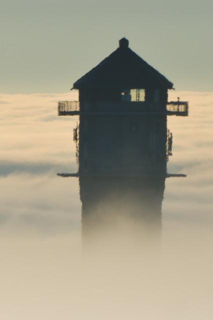 Feldbergturm an der Nebelgrenze