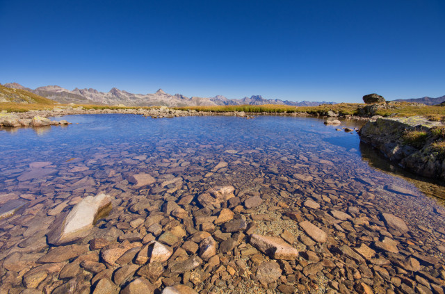 Kleiner See unter dem Piz da l'Ova Cotschna