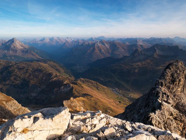 Blick vom Großen Widderstein über Warth