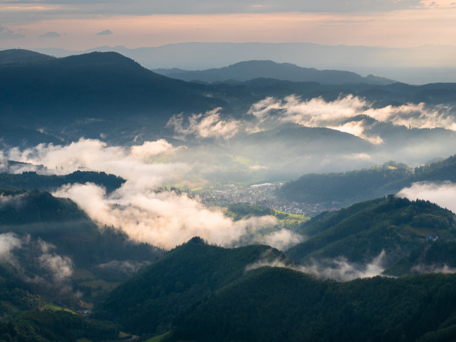 Schwarzwaldlandschaft nach einer Gewitterfront