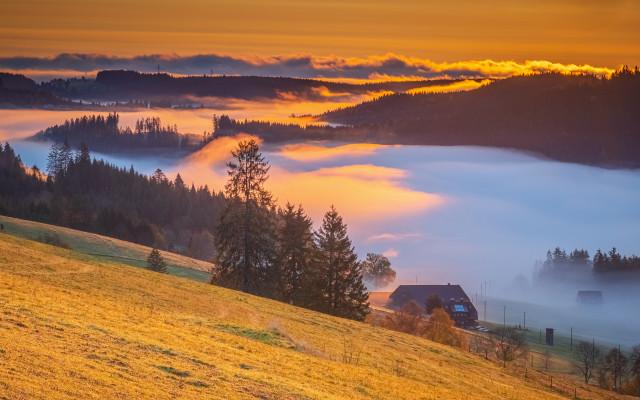 Herbstmorgen über dem Spriegelsbachtal