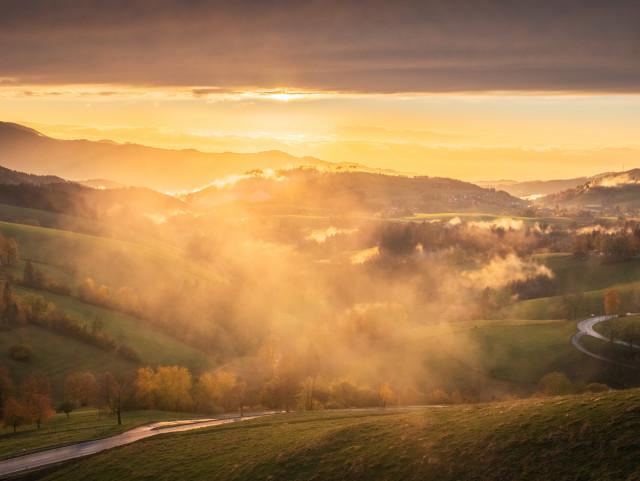 Sonnenuntergang am Kapfenberg bei St. Peter