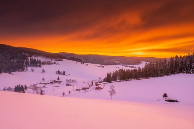 Morgenrot über dem Langenordnachtal