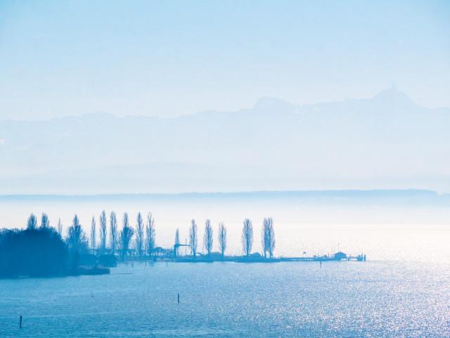 Blick auf Bodensee und Alpen