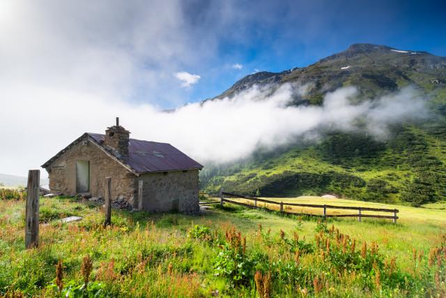 Morgennebel unter dem Monte Vago